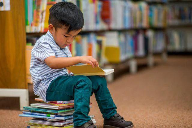 bambini lettori