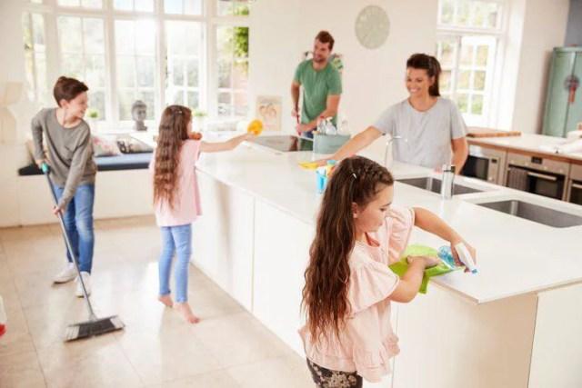 bambini faccende domestiche 11 anni