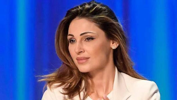 Anna Tatangelo: la delusione con Gigi e la nuova vita con…