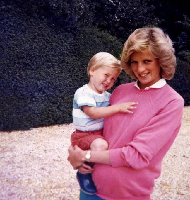 Lady Diana aveva una figlia segreta che ora aspira al trono