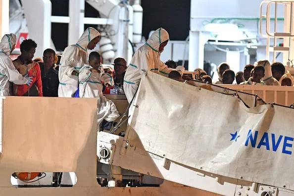 nave diciotti migranti