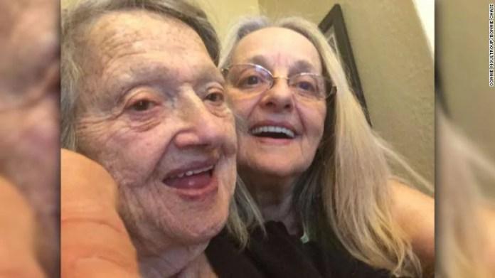 donna trova mamma dopo 70 anni 2