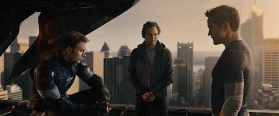 Marvel's Avengers: Age Of Ultron L to R: Steve Rogers/Captain America (Chris Evans), Bruce Banner/Hulk (Mark Ruffalo) and Tony Stark/Iron Man (Robert Downey Jr.) Ph: Film Frame ©Marvel 2015