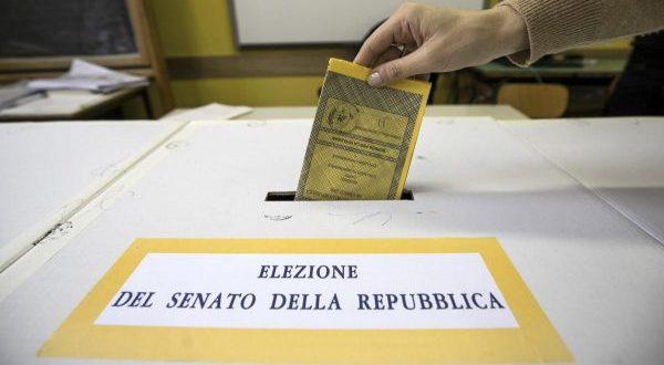 Sì al voto dei 18enni per il Senato: Mattarella promulga la legge di revisione costituzionale