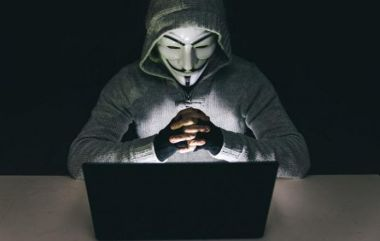 Phone hackers dont give any banking details