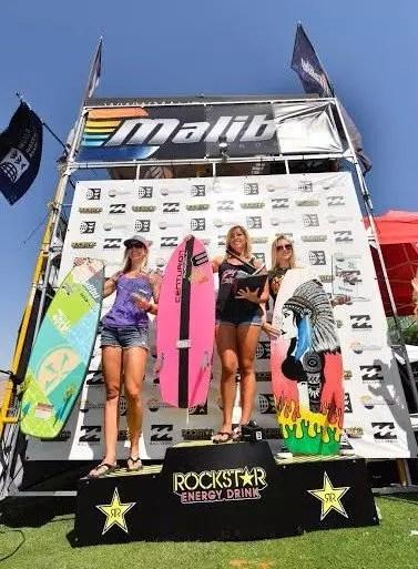 Podium pro women wake surf