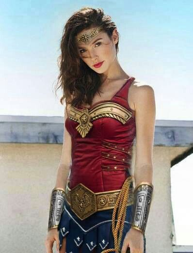 875e0304b2c9a1c1f9eb60802d6db7d2 What If: Wonder Woman Movie Happening; Justice League Cancelled*