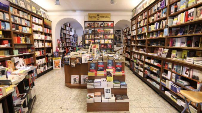 Angolo Manzoni Libreria Torino recensioni Libri e News Unlibro