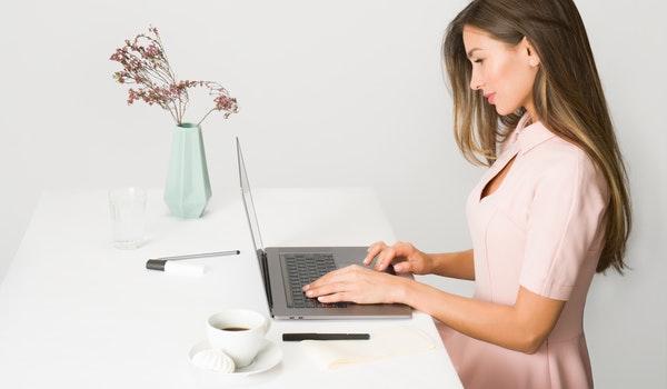Intakes en behandelingen gaan door via Skype of Zoom