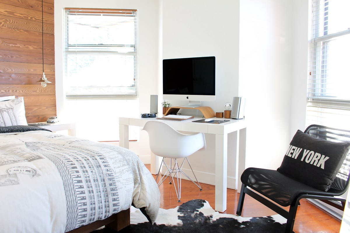5 Tips for a Functional & Stylish Home Office