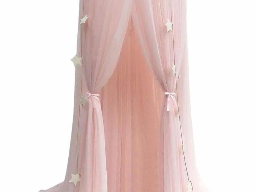ciel de lit rose pour decorer une