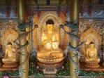 Buddha Vairocana, el más grande de Corea, en el templo de Yakcheonsa