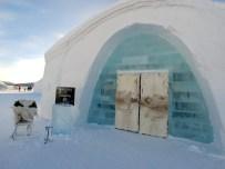 Recepción del Icehotel en Suecia