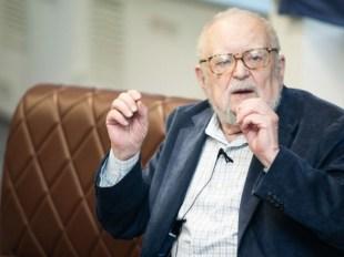 Президент попрощався з видатним філософом Мирославом Поповичем