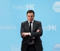Маск заявил о двойных стандартах в освещении возгорания автомобиля Tesla