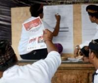 В Индонезии скончались более 270 работников избирательных комиссий