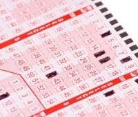 Американец выиграл 1 млн долл. в скретч-лотерею