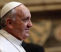 Папа Франциск впервые приехал в Северную Македонию