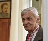 Внук Франко по случаю годовщины смерти дедушки посадил дуб в его усадьбе