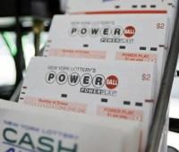 Американец потратит лотерейный выигрыш на подарок внуку