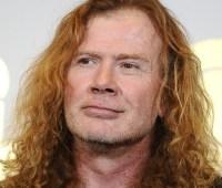 У вокалиста легендарной рок-группы диагностировали рак горла