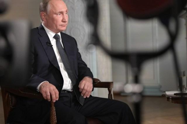 В Кремле заявили, что Путин найдет слова для встречи с Зеленским