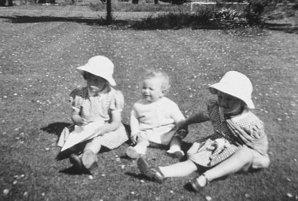 CAMILLA PARKER BOWLES - 1952