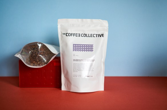 Unpacking-Coffee-Coffee-Collectivec-62-Bottom-Panel-Coffee-Packaging