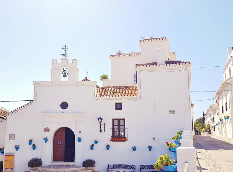 Mijas-Pueblo_Ermita-Nuestra-Sra-Remedios