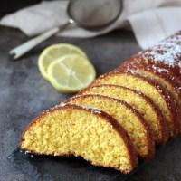 Torta chetogenica alla ricotta, mandorle e limone