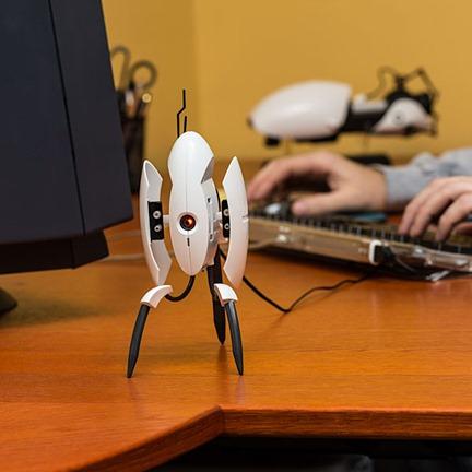 portal 2 USB torret desktop defender - unpocogeek.com