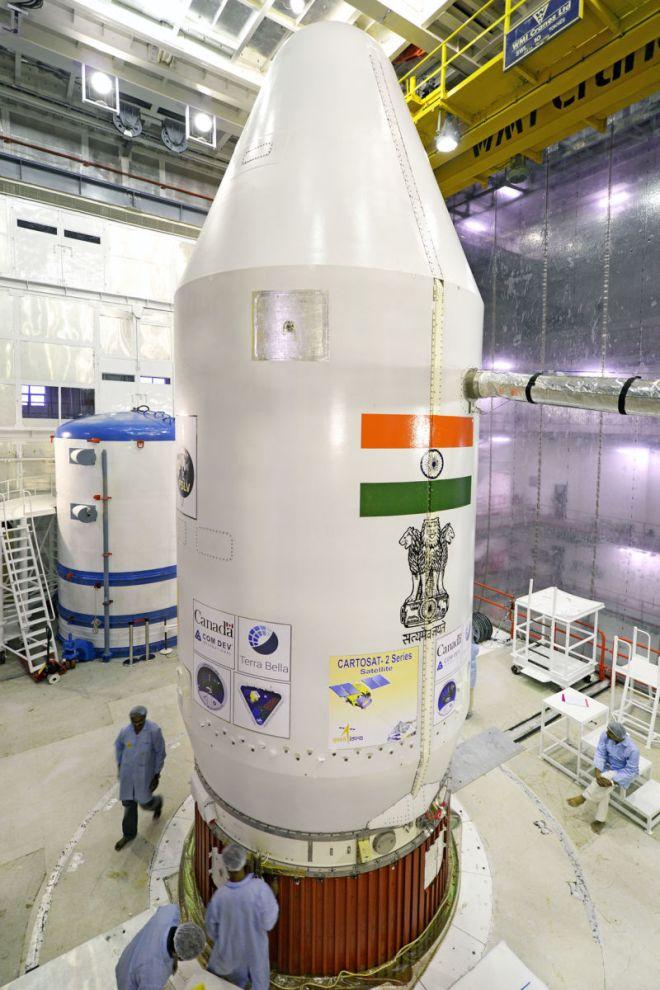 india_lanzamiento_de_20_satelites_5_unpocogeek.com