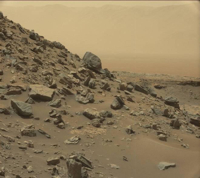 mars-curiosity-rover-msl-rock-pia21041-full_unpocogeek-com