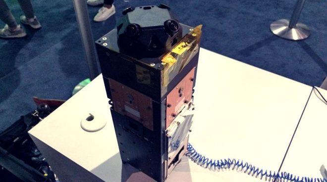 Space VR y Space X lanzarán cámara de realidad virtual al espacio