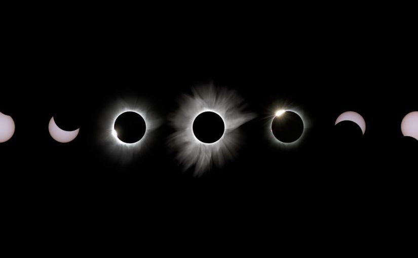 Eclipse solar total visualizado en time lapse 4K