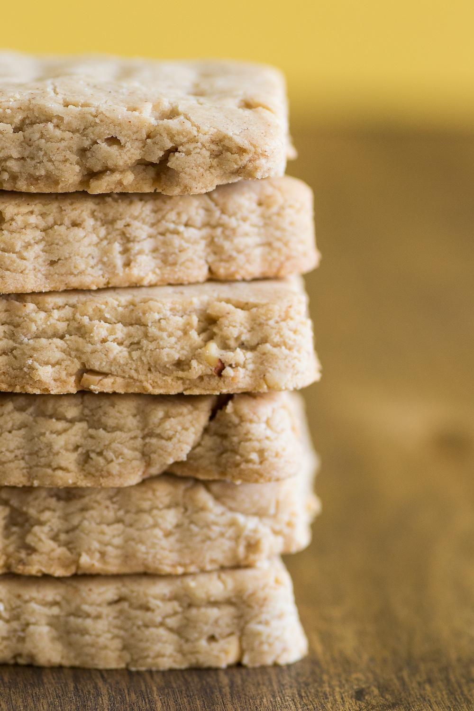Easy Gluten-free Almond-Vanilla Shortbread