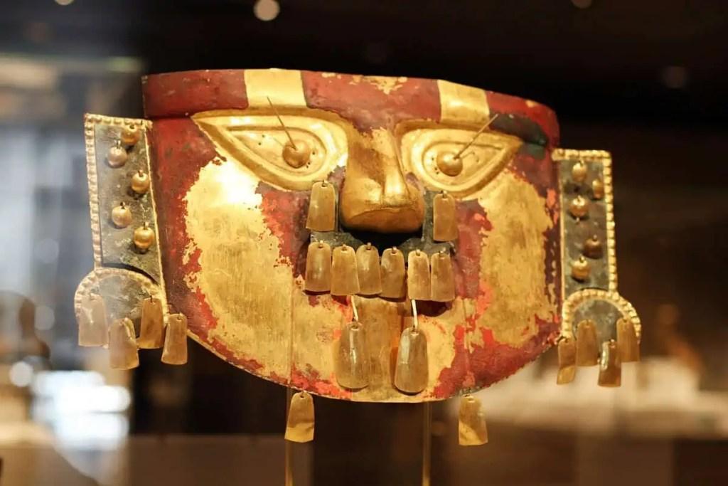 Masque du musée de Sican