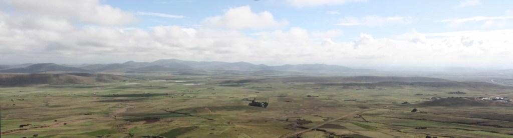 Panorama de l'Altiplano, Bolivie, Tihuanaco
