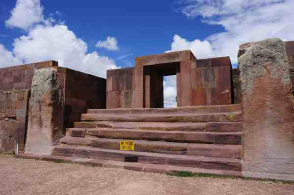 Tiwanaku, Bolivie, ruines, reconstruction