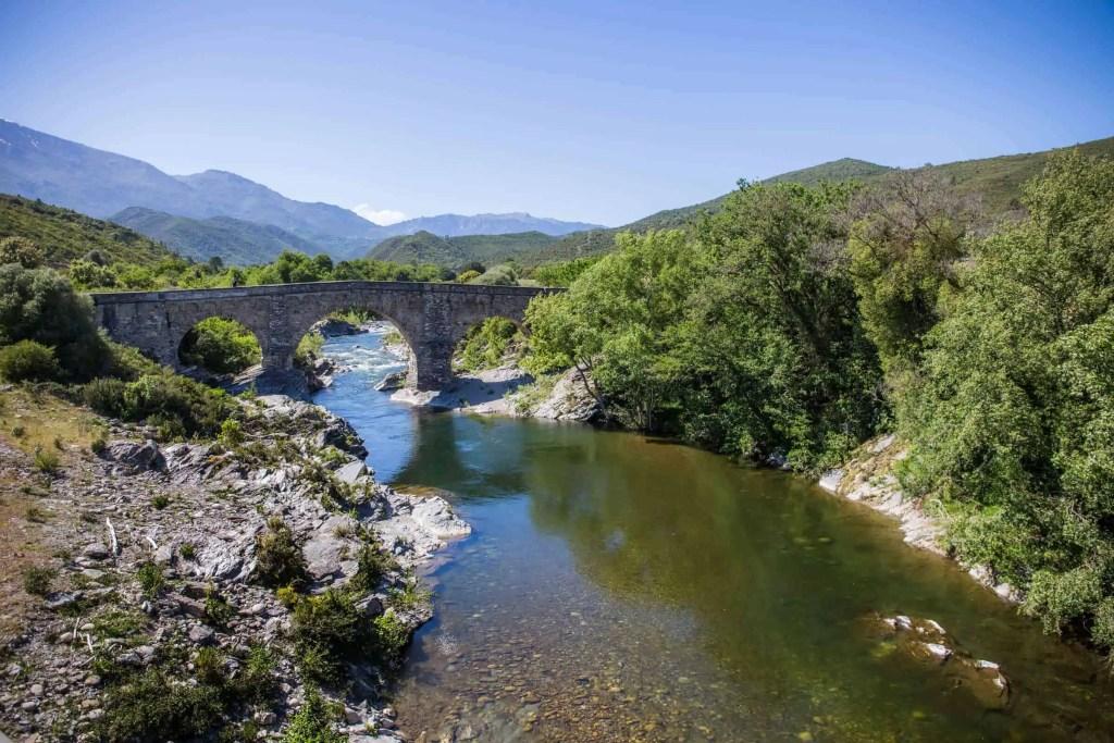 Castagniccia_roadtrip_riviere_pont