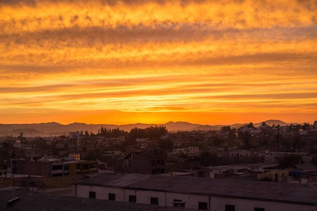 Coucher de soleil de feu à Arequipa
