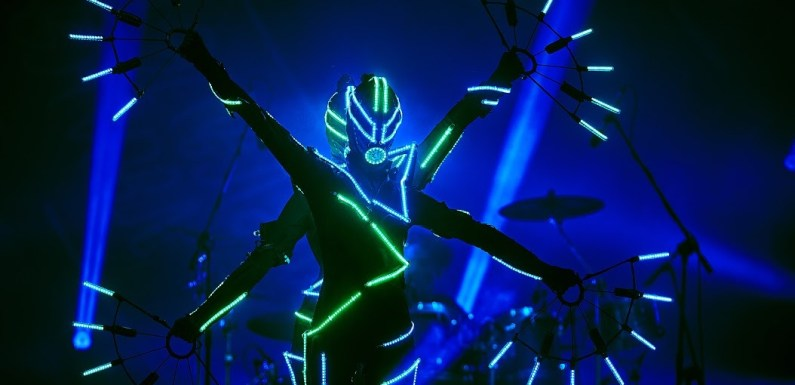 """Techno-Trance Legend JUNO REACTOR Releases Stunning Visual Spectacle of JUNO REACTOR – THE MUTANT THEATRE with """"LET'S TURN ON""""!"""
