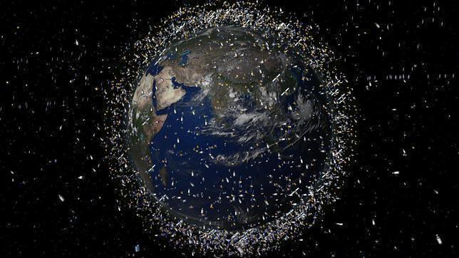 Resultado de imagen de IMPACTANTE la basura espacial y los peligros que conlleva.