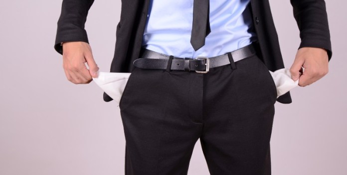 Hat er Geld oder hat er keins? Die Insolvenzanfechtung wird für Gläubiger noch verschärft (© fotolia/photo 5000)