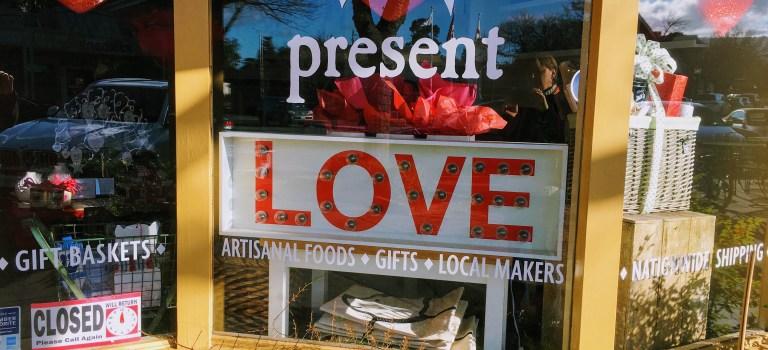 Storefront of a gift shop in Los Altos