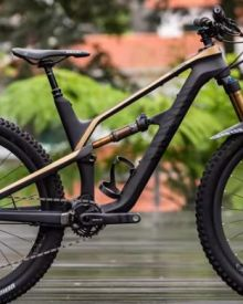 Canyon Spectral First Ride Review - Sorted Suspension, Conservative Geometry