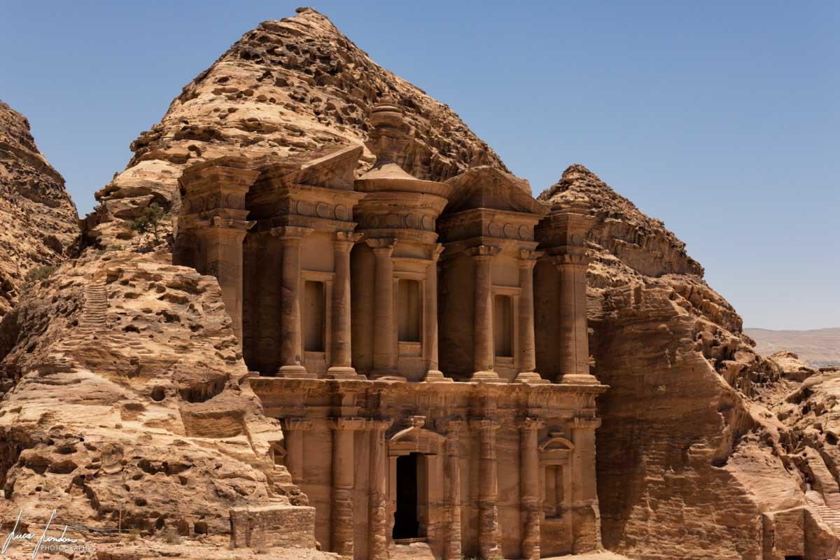 Ad-Deir, il Monastero di Petra visto dall'alto