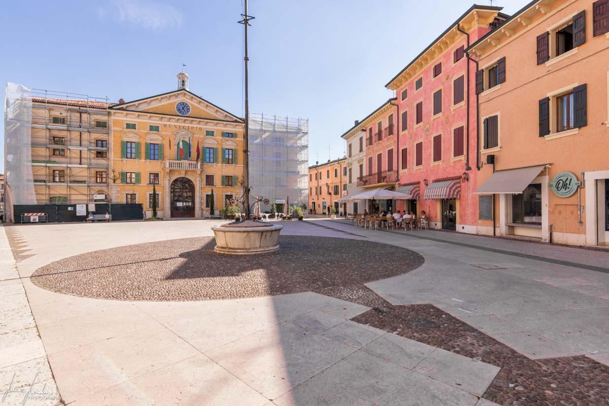 Piazza del Municipio di Valeggio sul Mincio