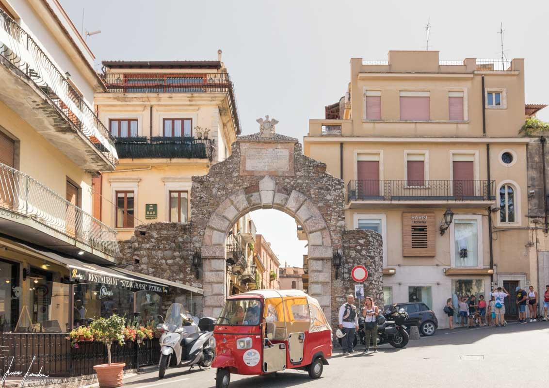 Taormina: Porta Messina