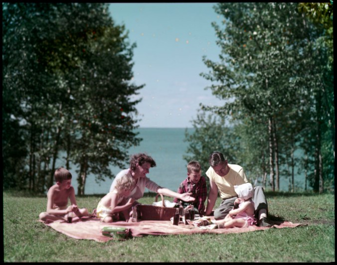 A family picnic at Lake Waskesiu, Prince Albert National Park, Saskatchewan (July 1950), Frank Royal. Canada. National Film Board of Canada. Library and Archives Canada, e010955736 CC BY 2.0